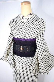 アイボリーとブラックのナチュラルチェックモダンなサマーウール風単着物