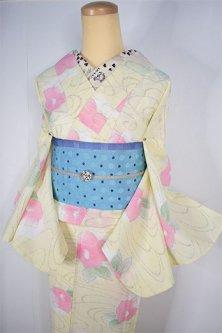 クリームイエロー水紋に花椿ふわりとうかぶスリーウエイ夏着物