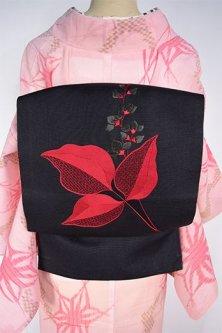 黒地に桐のような花と葉の刺繍美しい夏向け名古屋帯