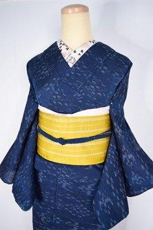 濃紺色地に燕絣小粋な絹混縮風夏着物