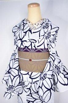 白地にツツジやユリのような花模様モダンな注染レトロ浴衣