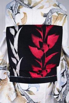 ブラックにルージュレッドとパールホワイトの花ストライプロマンチックなリバーシブル単帯