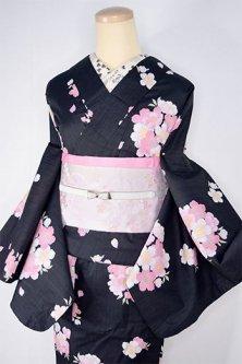 黒地に桜の花美しいストライプ変わり織りモダン浴衣