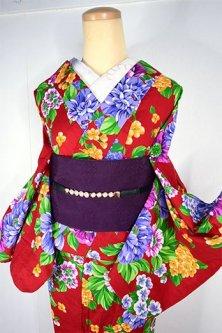 ディープルージュにボタニカルデザイン美しいモダン浴衣