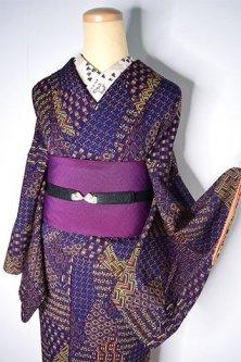 ルクソールネイビーにボヘミアンパッチワークデザインモダンな袷着物