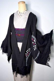 ビンテージリメイク・レースデコレーション黒羽織(本絞りスノウドット・ブルーム)