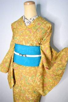マスタードブラウンにモリスのファブリックのようなアラベスク模様美しい化繊洗える袷着物