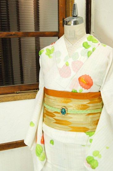 白地に水彩花模様美しい夏着物風浴衣