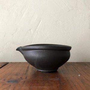 黒釉 片口豆鉢
