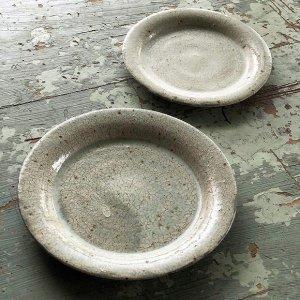 白ヒビ粉引リム皿