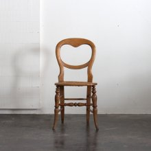 <img class='new_mark_img1' src='//img.shop-pro.jp/img/new/icons47.gif' style='border:none;display:inline;margin:0px;padding:0px;width:auto;' />Antique balloon back chair