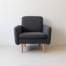 <img class='new_mark_img1' src='https://img.shop-pro.jp/img/new/icons20.gif' style='border:none;display:inline;margin:0px;padding:0px;width:auto;' />Couleur 1seat sofa