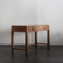 <img class='new_mark_img1' src='//img.shop-pro.jp/img/new/icons20.gif' style='border:none;display:inline;margin:0px;padding:0px;width:auto;' /> Art Deco Console table 1940'S