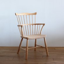 <img class='new_mark_img1' src='//img.shop-pro.jp/img/new/icons47.gif' style='border:none;display:inline;margin:0px;padding:0px;width:auto;' />Vintage Windsor Chair  / B&oslashrge mogensen