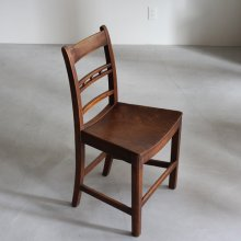 <img class='new_mark_img1' src='//img.shop-pro.jp/img/new/icons47.gif' style='border:none;display:inline;margin:0px;padding:0px;width:auto;' />Antique Kitchen chair 1800's