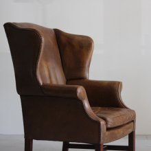 <img class='new_mark_img1' src='//img.shop-pro.jp/img/new/icons47.gif' style='border:none;display:inline;margin:0px;padding:0px;width:auto;' />Vintage Wing back chair