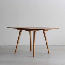 <img class='new_mark_img1' src='https://img.shop-pro.jp/img/new/icons47.gif' style='border:none;display:inline;margin:0px;padding:0px;width:auto;' />Vintage Drop leaf table/ Ercol