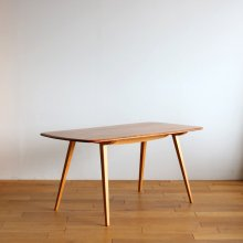 <img class='new_mark_img1' src='//img.shop-pro.jp/img/new/icons20.gif' style='border:none;display:inline;margin:0px;padding:0px;width:auto;' />Vintage Dining table / Ercol