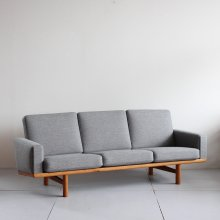 Vintage 3Seat sofa| Hans J.Wegner, GE236
