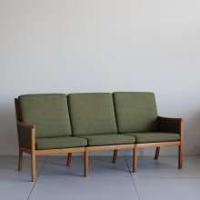 Vintage 3Seat sofa |Ole Wanscher  ( PJ Furniture )