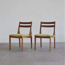 <img class='new_mark_img1' src='https://img.shop-pro.jp/img/new/icons20.gif' style='border:none;display:inline;margin:0px;padding:0px;width:auto;' />Tolime+ Dining chair 2脚set(展示現品)