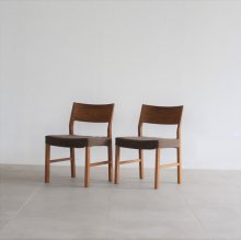 <img class='new_mark_img1' src='https://img.shop-pro.jp/img/new/icons20.gif' style='border:none;display:inline;margin:0px;padding:0px;width:auto;' />Riposo Woodback Side chair 2脚set(展示現品)