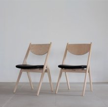 <img class='new_mark_img1' src='https://img.shop-pro.jp/img/new/icons20.gif' style='border:none;display:inline;margin:0px;padding:0px;width:auto;' />Snowmish Dining chair 2脚set(展示現品)