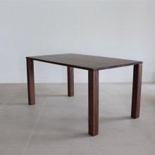 <img class='new_mark_img1' src='https://img.shop-pro.jp/img/new/icons20.gif' style='border:none;display:inline;margin:0px;padding:0px;width:auto;' />Trunk Dining table / Walnut(幕板なし/展示現品)