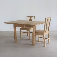 <img class='new_mark_img1' src='https://img.shop-pro.jp/img/new/icons20.gif' style='border:none;display:inline;margin:0px;padding:0px;width:auto;' />Butterfly table & chair SET(試作/展示現品)