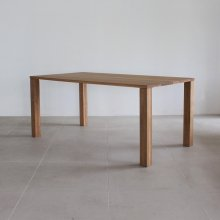 <img class='new_mark_img1' src='https://img.shop-pro.jp/img/new/icons47.gif' style='border:none;display:inline;margin:0px;padding:0px;width:auto;' />Trunk Dining table / OAK(幕板なし/展示現品)