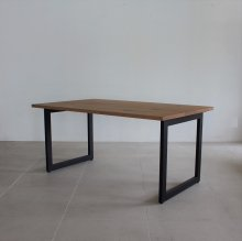 <img class='new_mark_img1' src='https://img.shop-pro.jp/img/new/icons47.gif' style='border:none;display:inline;margin:0px;padding:0px;width:auto;' />KNOT Dining table / OAK(展示現品)