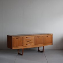 <img class='new_mark_img1' src='https://img.shop-pro.jp/img/new/icons20.gif' style='border:none;display:inline;margin:0px;padding:0px;width:auto;' />Vintage Side board|Stonehill