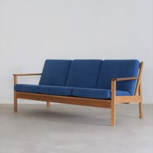 <img class='new_mark_img1' src='https://img.shop-pro.jp/img/new/icons20.gif' style='border:none;display:inline;margin:0px;padding:0px;width:auto;' />TOLIME 3SEAT SOFA(展示現品)