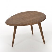Egg shape coffee table  / Walnut
