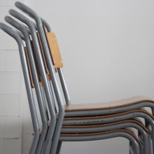 <img class='new_mark_img1' src='https://img.shop-pro.jp/img/new/icons47.gif' style='border:none;display:inline;margin:0px;padding:0px;width:auto;' />Vintage stacking chair