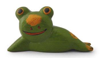 木彫り 蛙  のほほんガエル(小)[呑気に寝そべる姿を眺めれば、気持ちもノンビリ和んじゃう]