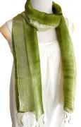 手紡ぎ シルク グラデーション スカーフ(オリーブ系)[肌に優しい天然素材、使い回せるロング165cm]