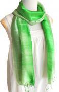 手紡ぎ シルク グラデーション スカーフ(ライトグリーン系)[肌に優しい柔らか質感、ロングタイプ165cm]