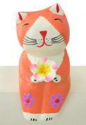 木彫り 猫 お座りフラワー猫(A)[お花を手にしてニッコリ笑うニャンコ★お好きなところに座らせて]