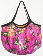バティックグラニーバッグ(B)[可愛くて持ちやすく、収納性もあり★柔らかな布製で折り畳み可能]