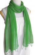 ロウシルク 無地 スカーフ(浅緑)[肌に優しいナチュラルシルク、日差し除けや紫外線対策、襟元防寒にお役立ち]
