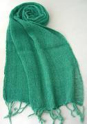 ロウシルク 無地 スカーフ(緑)[肌に優しいナチュラルシルク、日差し除けや紫外線対策、襟元防寒にお役立ち]