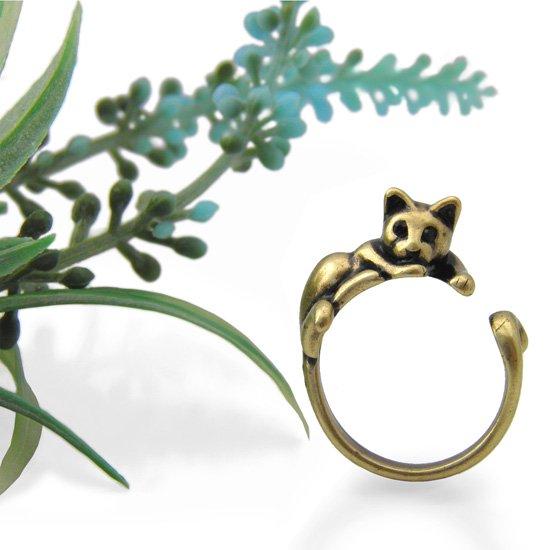 猫 リング 指輪 キャット 甘え猫(アンティークゴールド)フリーサイズ(10号〜15号)