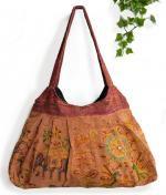 インド綿刺繍肩掛けバッグ(オレンジ系)[ハンドメイドの温もり一杯 入荷ごとに完売御礼の大人気商品]