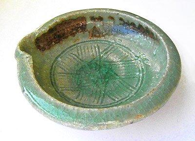 緑灰釉片口小皿[益子焼・古賀賢二作、ざっくりとした土の質感が特徴的。お手塩皿や薬味皿にどうぞ]