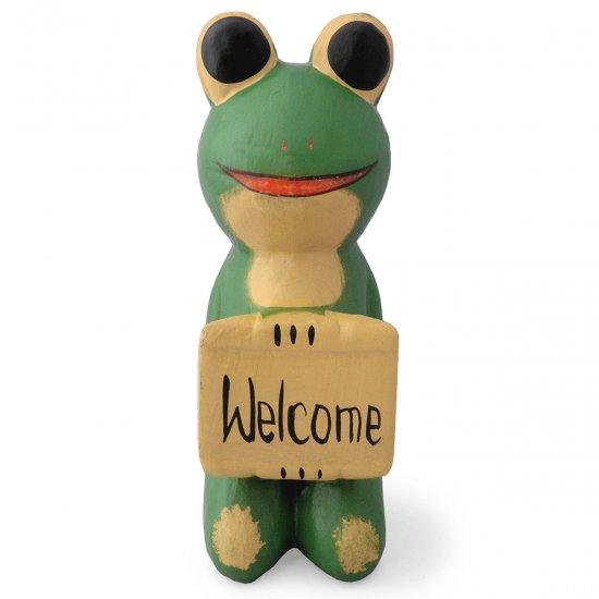 木彫り 蛙  ボード持ちカエル[金運や財運を呼ぶと言われる蛙のウェルカムボード★玄関や戸口に飾ってね]