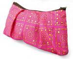 幾何柄シルク化粧ポーチ(ピンク)[メイク用具だけでなく、多用な使い方が出来る重宝な小物入れ]