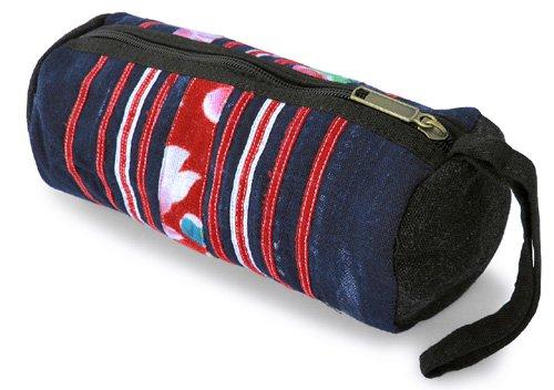 モン族筒型ポーチ(A)[大きめで用途いろいろ持ち手付き、ちょっとした外出時のお出掛けポーチにも]