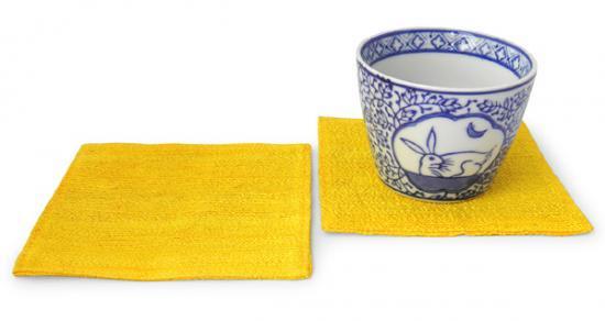 山繭シルクコースター同色2枚セット(鬱金色)[お祝いやおもてなしの席に最適な上質品]
