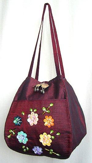 スパンコール刺繍バルーンバッグ(ワインレッド)